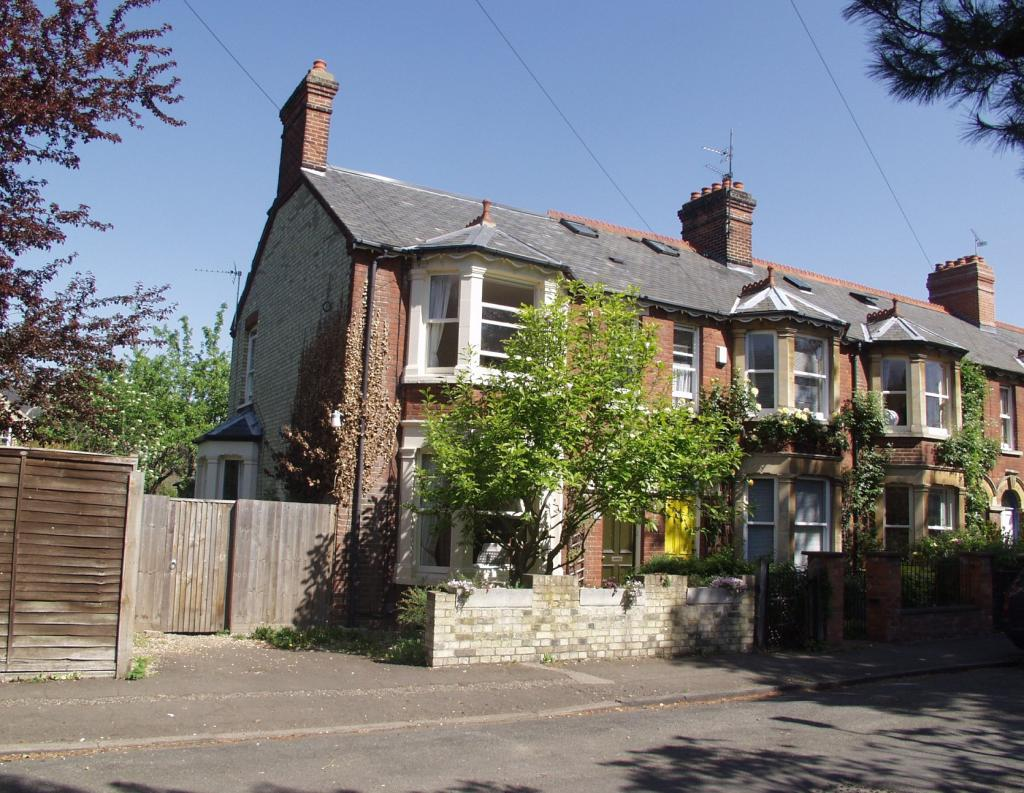 79 Grantchester Mead