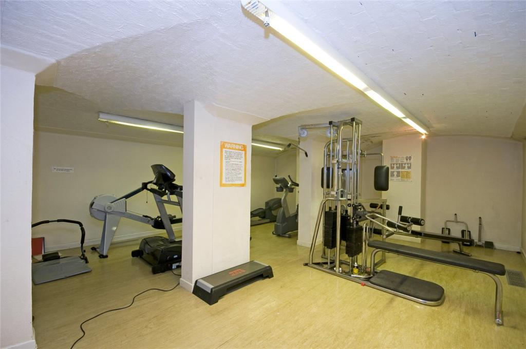 Comm. Gym