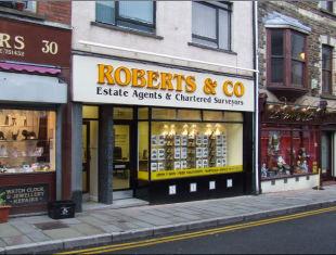 Roberts & Co, Pontypoolbranch details