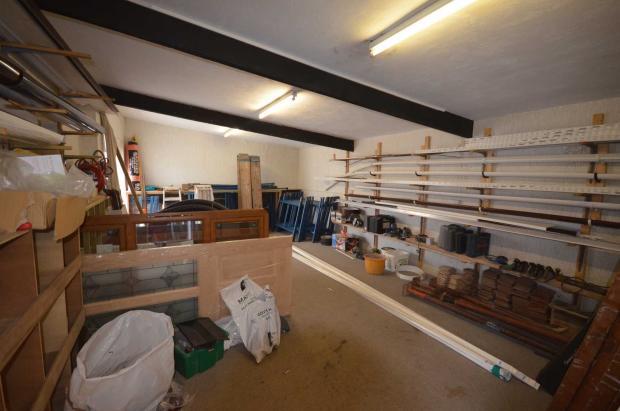 Rear workshop/Store
