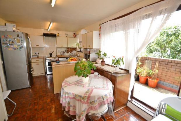 Kitchen/Break Rm