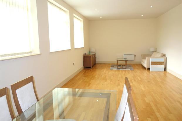 open plan lounge2.jp