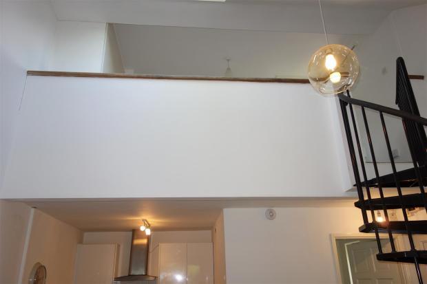 gallery bedroom.JPG