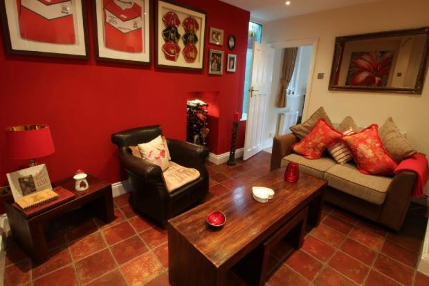 Sitting Room Pic 2
