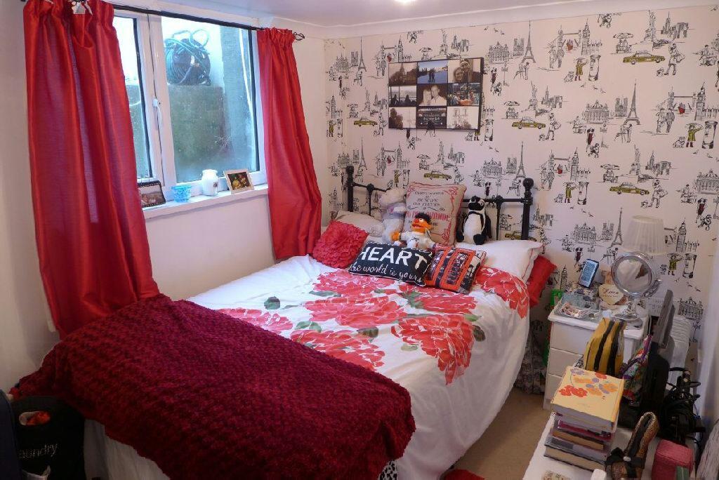 Room/Bedroom 4