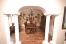 ARCH TO DINING ROOM
