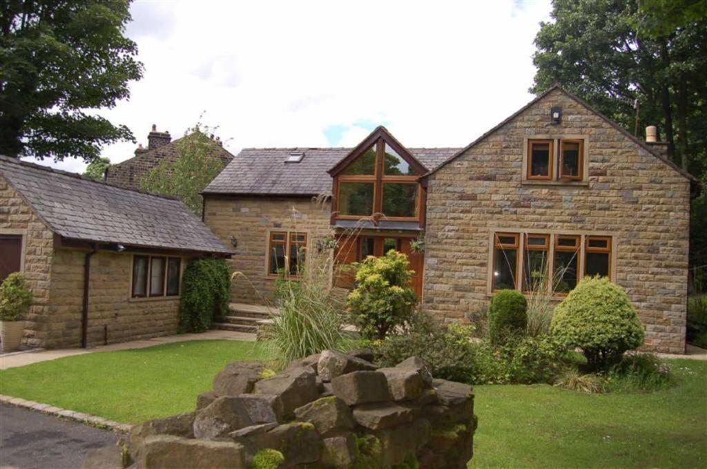 Property For Sale Saddleworth