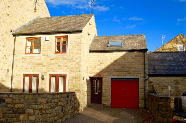 3 Bedroom End Of Terrace House For Sale In Station Approach Delph Ol3 5ef Ol3