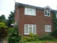 1 bed property in Southern Way, Farnham