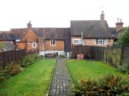 3 bedroom Cottage to rent in Petworth Road, Haslemere