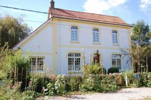 property in Near Hesdin, Pas-deCalis...