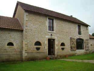 3 bedroom property in Near Chateau Garnier...