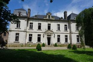7 bed house for sale in Near Montreuil-sur-Mer...