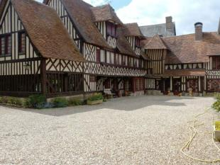 4 bedroom house in Near Deauville, Calvados...