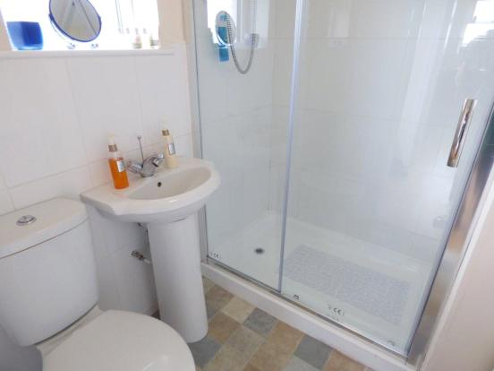 Cottage Shower Room