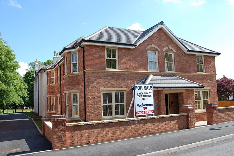 2 bedroom flat for sale in catholic lane sedgley dudley dy3