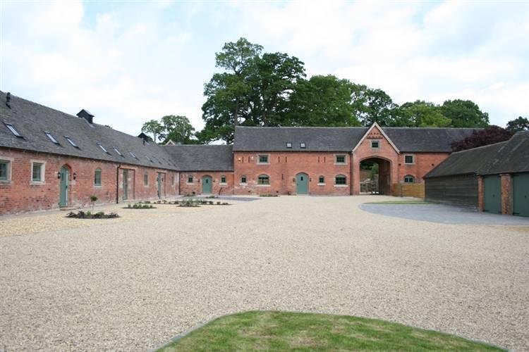 5 Bedroom Barn Conversion For Sale In Elms Farm Barns