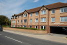 1 bedroom Flat in Station Road...