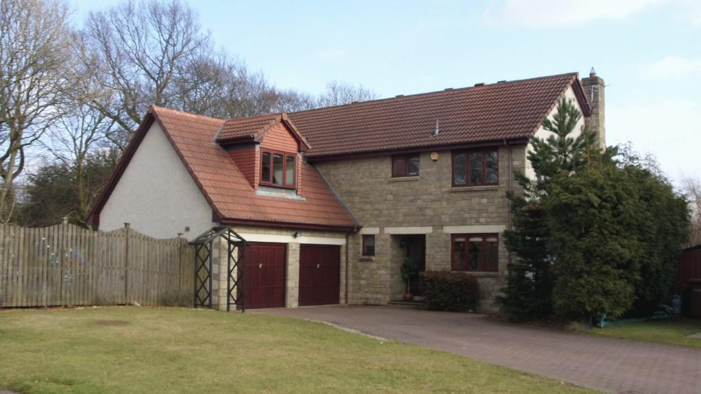 5 bedroom detached house for sale in 7 carrick gardens murieston livingston eh54 9et eh54