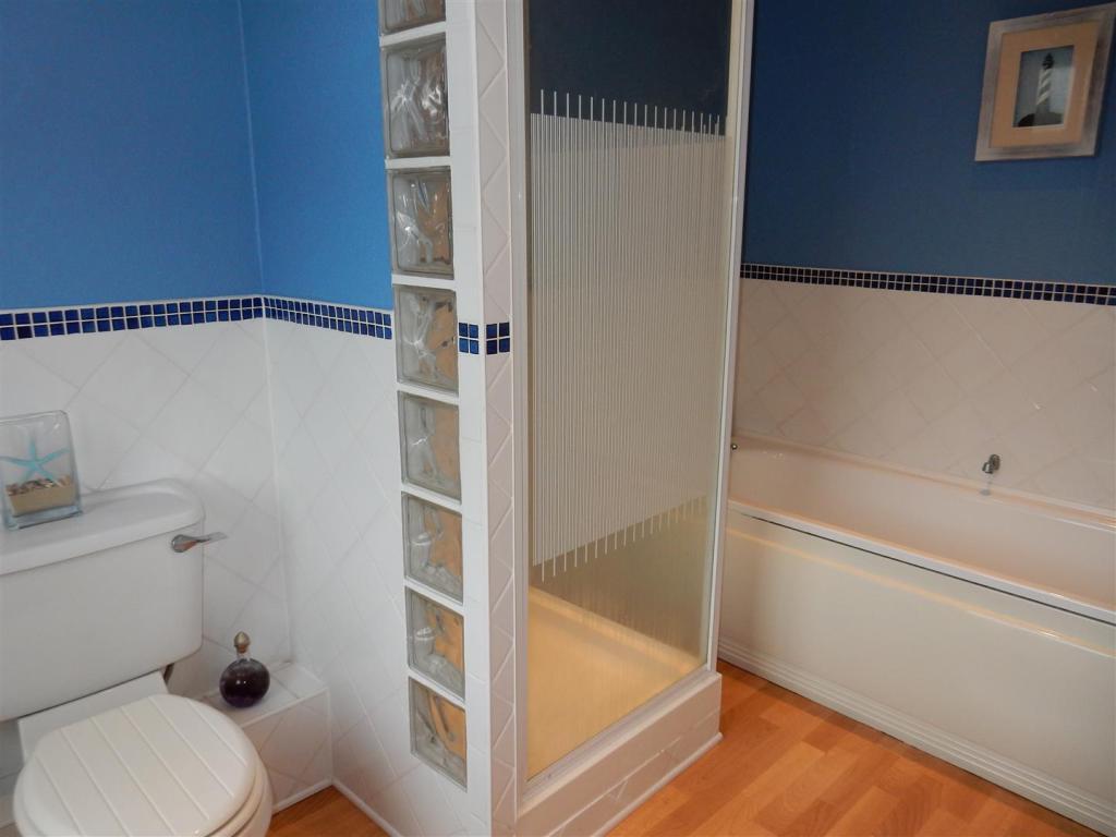 Modern White Suite