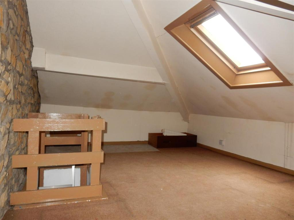 Fully Floored Loft w