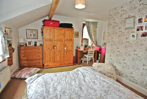 Large Bedroom with D