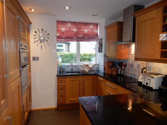 Modern Fitted Kitche