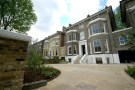 Link Detached House to rent in St Johns Park, Blackheath