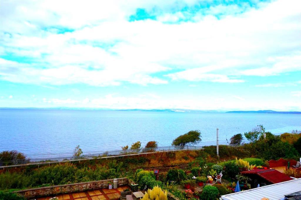 Stunning Sea Views.j