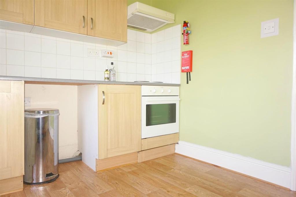 Kitchen ..jpg