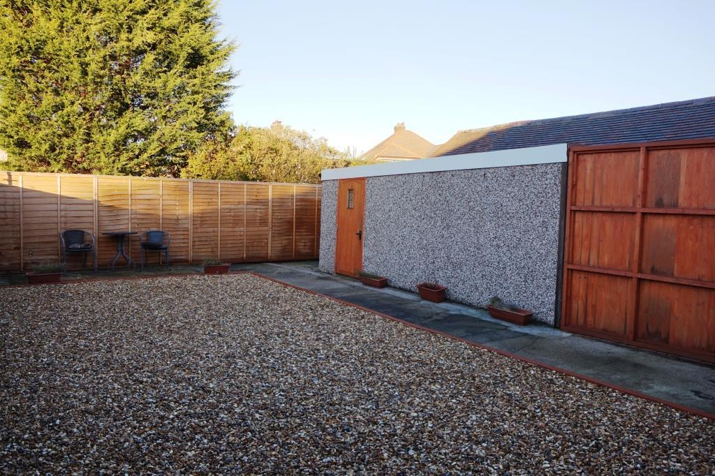 Garden with Access t