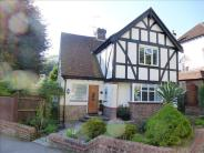 5 bed Detached property for sale in Valley Drive, Brighton