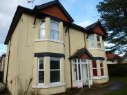 Ground Flat for sale in Leigh Road...