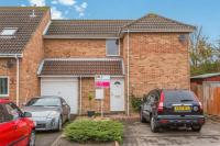 3 bedroom End of Terrace property in Kingfishers, FAREHAM