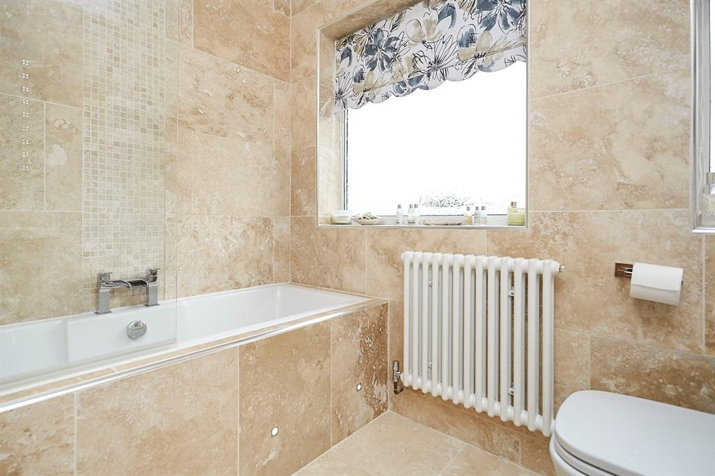 Luxury Re-Fitted Bathroom