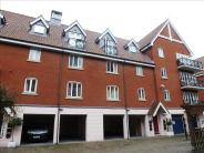 Ground Flat for sale in Neptune Square, Ipswich