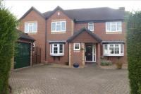 4 bed Detached house for sale in Dutchells Copse, Horsham