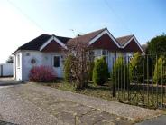 2 bed Semi-Detached Bungalow for sale in Hayes Close, Portslade...