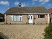 3 bedroom Detached Bungalow in Clive Avenue, Lincoln