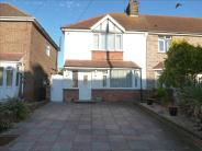 3 bed Terraced home in Queens Road, Eastbourne