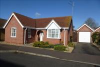 2 bedroom Detached Bungalow in Fleetwood Close, March