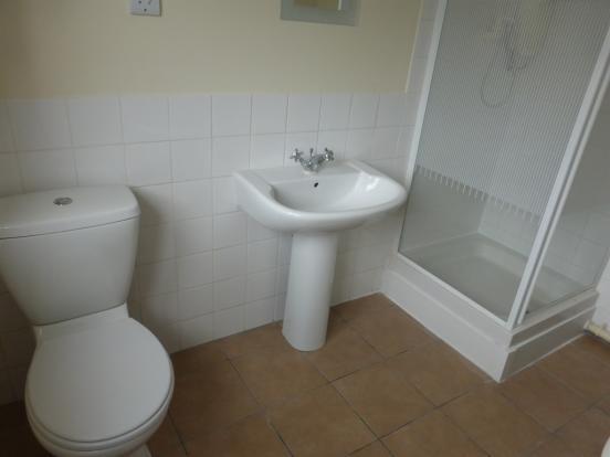 Bathroom ( Ground Floor )