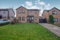 3 bed Detached house in Westwood Rise, Morley...