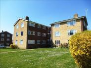 Ground Flat for sale in Meadway Court, Southwick...