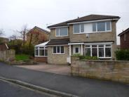 4 bed Detached home in Kirklees Drive, Farsley...