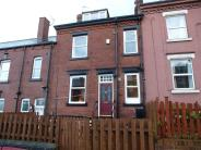 Terraced property for sale in Barras Place, Leeds