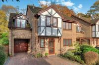4 bedroom Detached home in Fitzroy Close, Bassett...