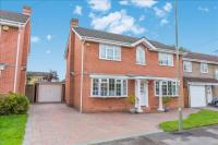 4 bedroom Detached house for sale in Everglades Avenue...