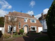 4 bed Detached house in Goring Road...