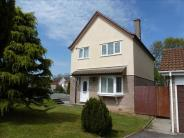 3 bedroom Detached house in Greenwood Park Road...